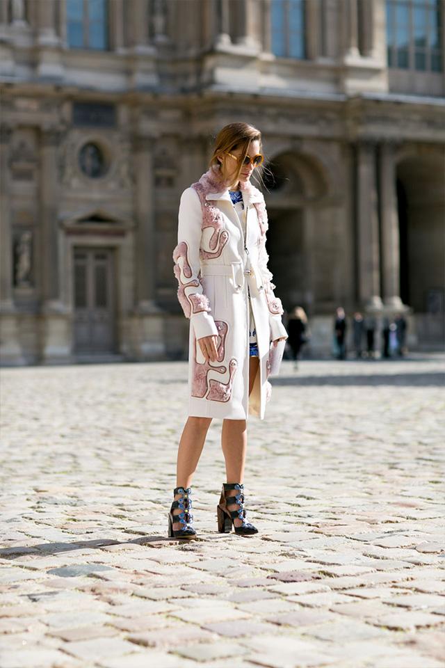 Paris Fashion Week A / I 2015: street style.  Part 3 (15 foto)