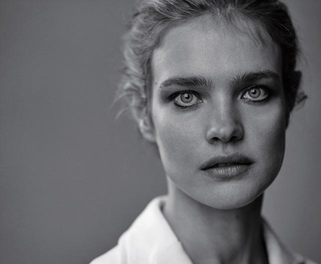 Наталья Водянова вновь украсила обложку Dior Magazine (фото 5)
