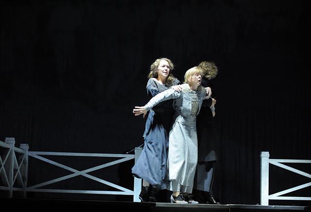 Андрей Кончаловский представит свои спектакли в Неаполе (фото 2)