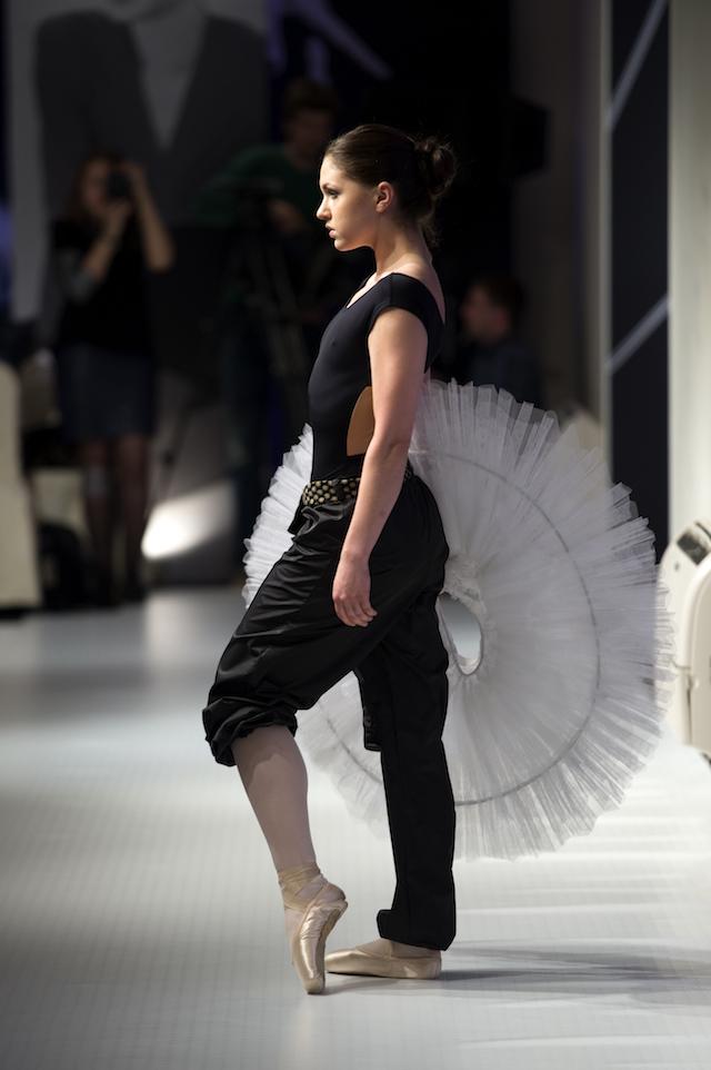 Презентация коллекции профессиональной балетной одежды (фото 9)