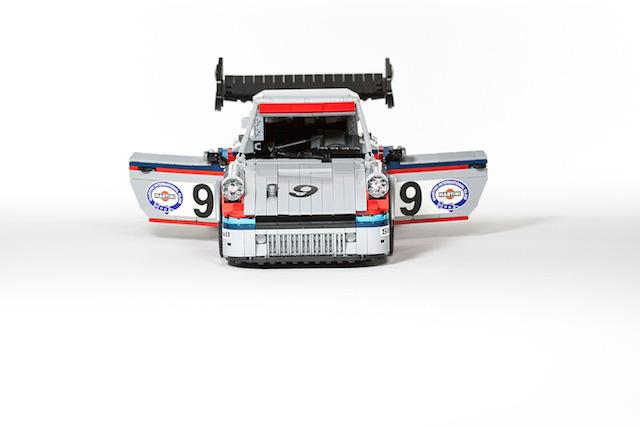 Набор гоночных автомобилей Porsche от LEGO (фото 1)