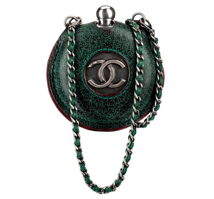 Сумки из осенних коллекций Chanel.