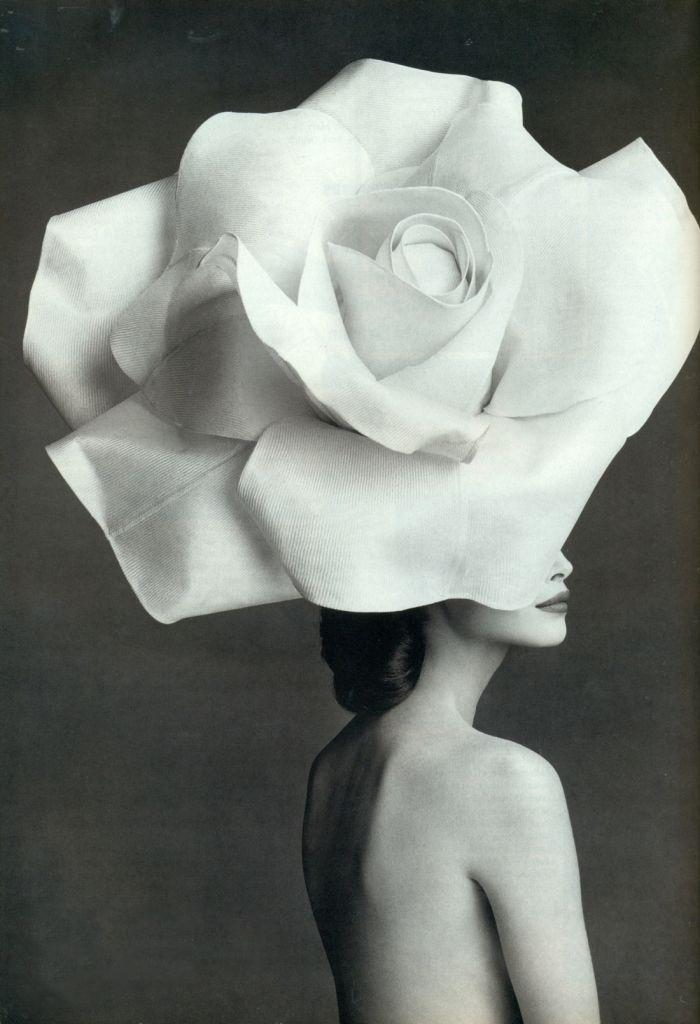 Тренд: цветочные ободки и венки (фото 6)