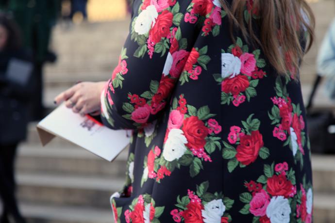 Пальто с цветочным принтом