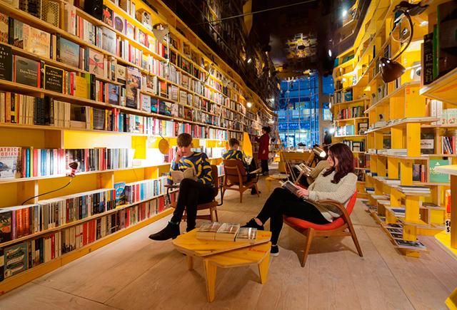 В Лондоне появится концептуальный книжный магазин с баром и запретом на смартфоны (фото 1)