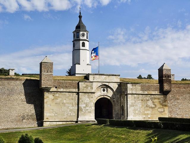 Белград: музей под открытым небом с рестораном, баром и парком (фото 3)