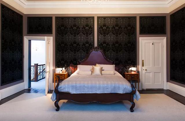 """Airbnb предлагает погостить в доме, где снимался """"Шерлок"""" (фото 2)"""