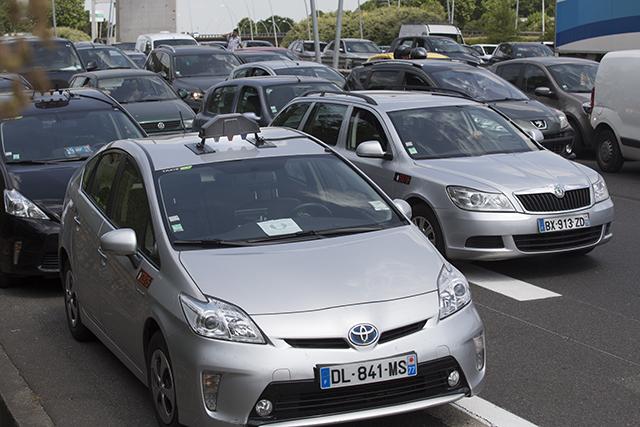 В Париже могут запретить Uber (фото 1)