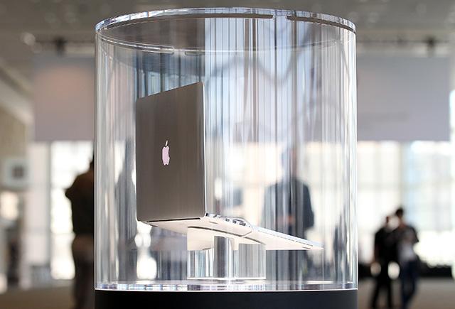 Apple выпустит MacBook с сенсорной клавиатурой (фото 1)