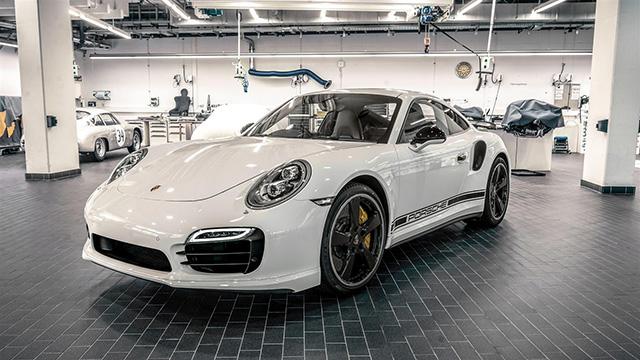 Представлен эксклюзивный Porsche 911 Turbo S GB Edition (фото 1)