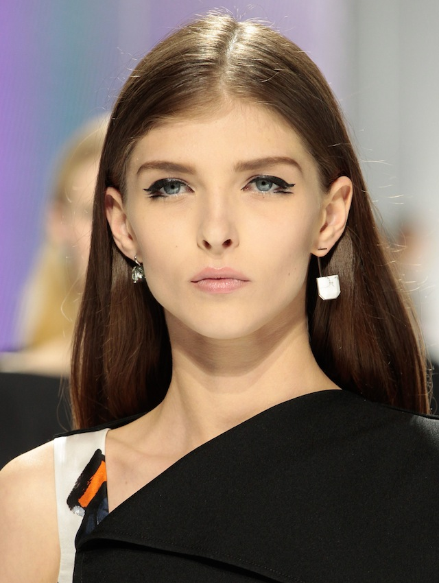 Beauty is in the details: the images show with Dior, resort 2015 (photo 1)