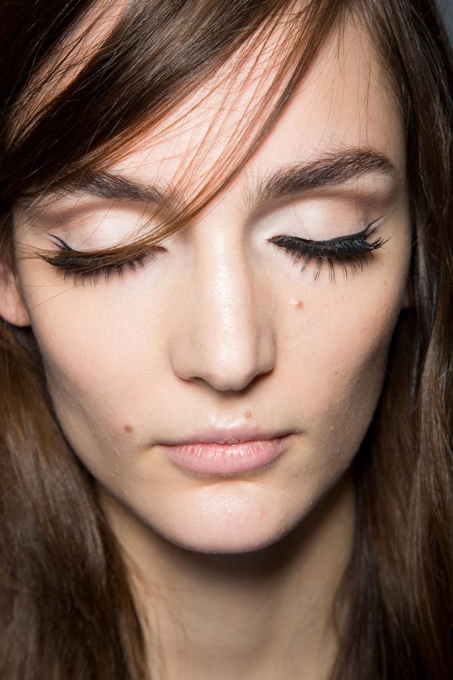 Красивый макияж для брюнеток 20