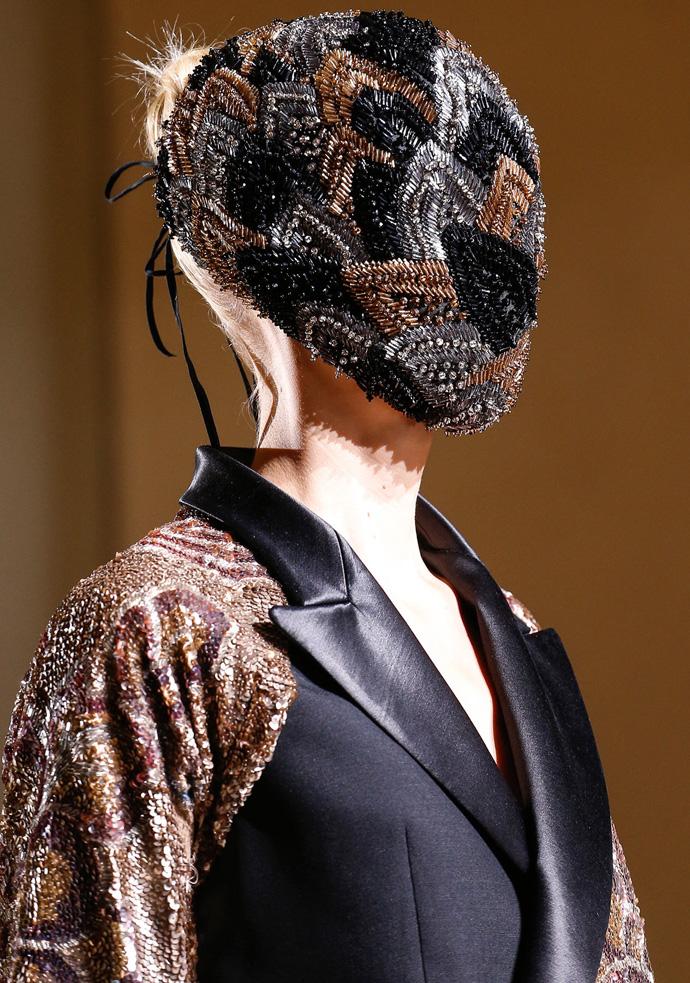 Красота в деталях: маски на показе Maison Martin Margiela Couture (фото 3)