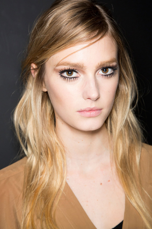 Trend: in the style of Twiggy eyelashes (photo 3)
