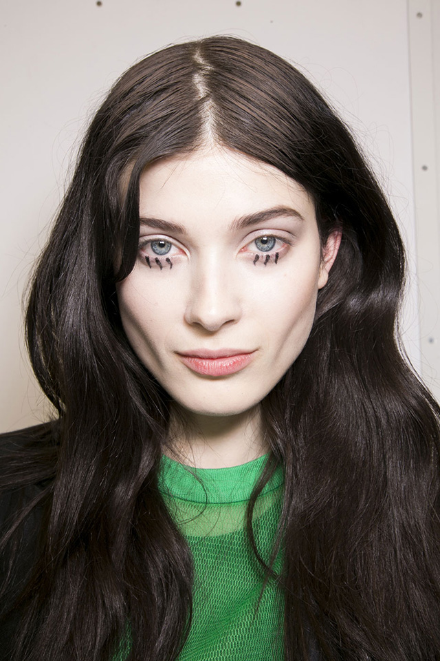 Trend: in the style of Twiggy eyelashes (photo 4)