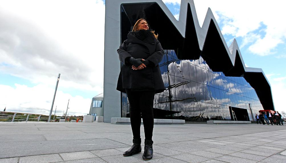 Заха Хадид откроет дизайн-галерею в Лондоне (фото 4)