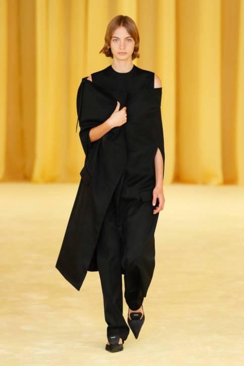 Тактильность, доброта и поддержка — вот главные тенденции Недель моды сезона весна-лето 2021 (фото 17)