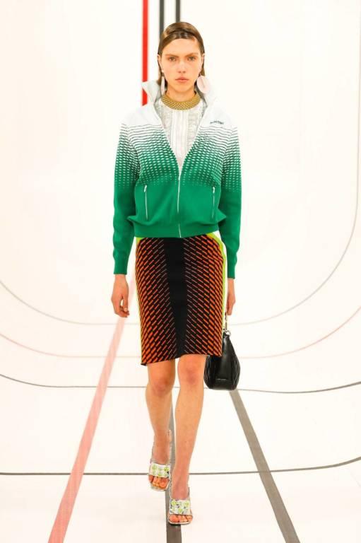 Тактильность, доброта и поддержка — вот главные тенденции Недель моды сезона весна-лето 2021 (фото 23)