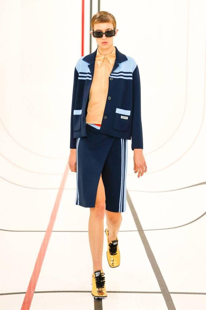 Тактильность, доброта и поддержка — вот главные тенденции Недель моды сезона весна-лето 2021 (фото 25)