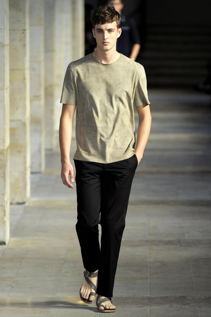 Четвертый день недели моды в париже