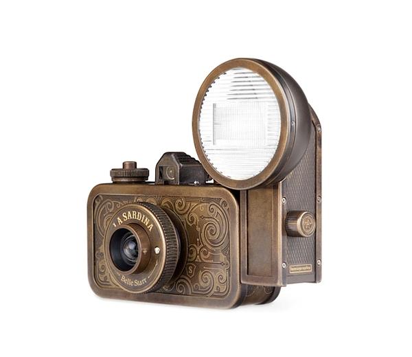 Две модели фотокамеры La Sardina (фото 2)