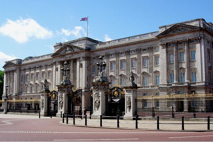 3 новости из жизни королевской семьи Британии (фото 1)