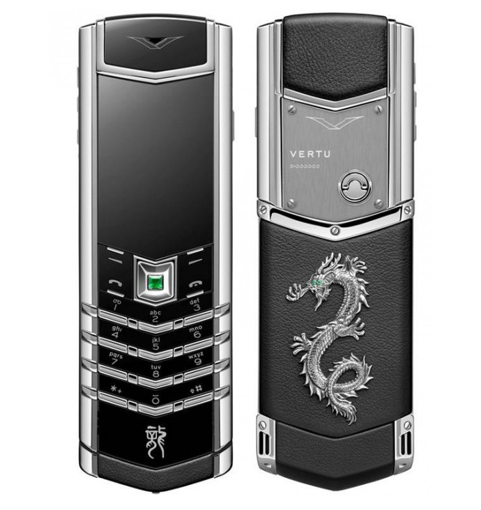 Новогодний Vertu Signature Dragon (фото 1)