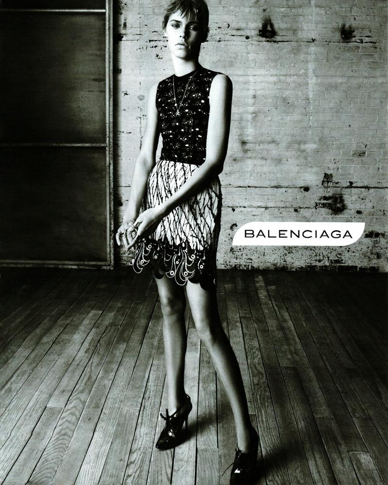 Новая рекламная кампания Balenciaga (фото 2)