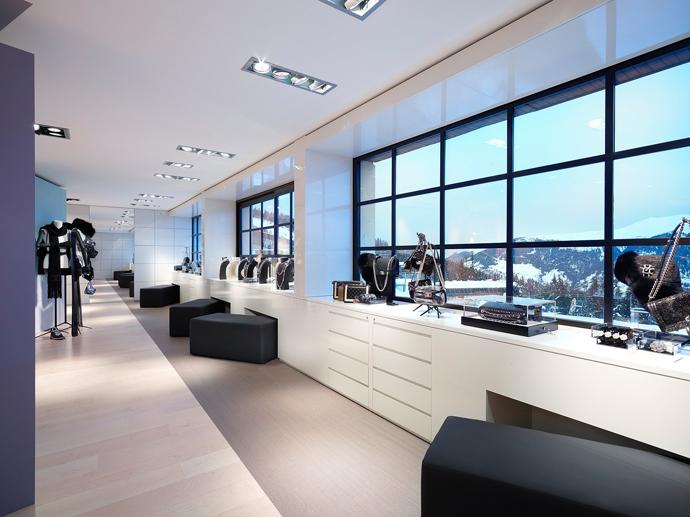 Pop-up-бутик Chanel в Куршевеле (фото 9)