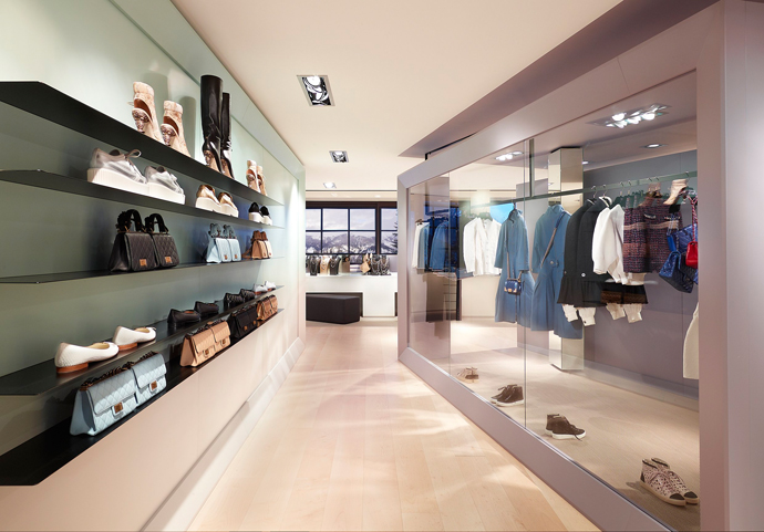 Pop-up-бутик Chanel в Куршевеле (фото 7)