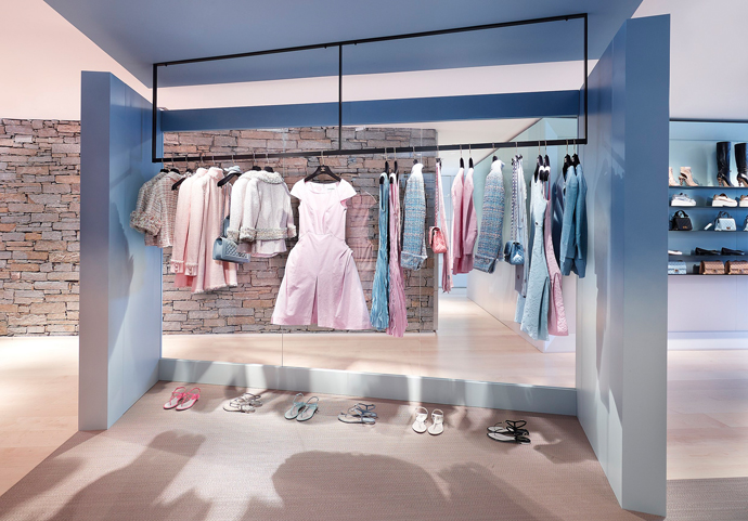 Pop-up-бутик Chanel в Куршевеле (фото 3)