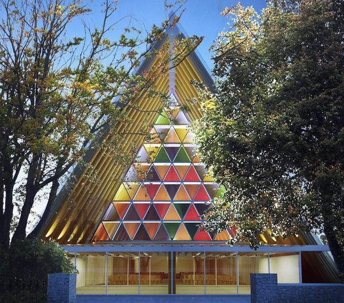 Картонная церковь Шигеру Бана (фото 5)