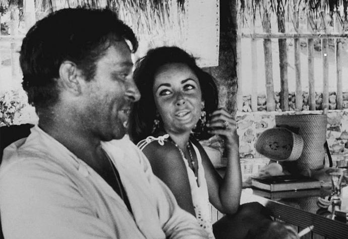 Культовые пары: Элизабет Тейлор и Ричард Бартон (фото 13)