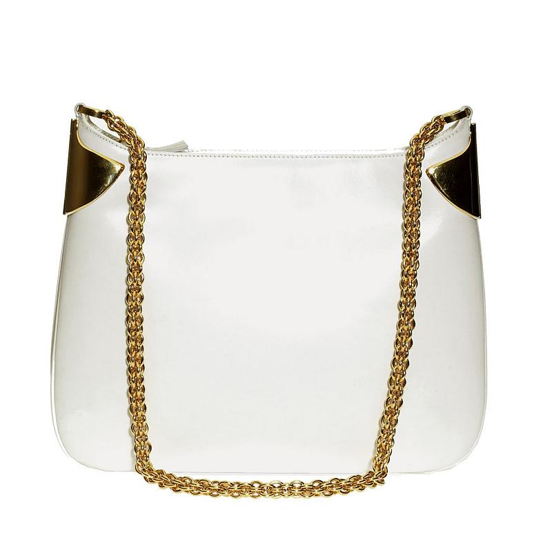 Центральная модель коллекции аксессуаров SS 2012 - сумка, получившая название Gucci 1970.  Мягкая и объемная сумка