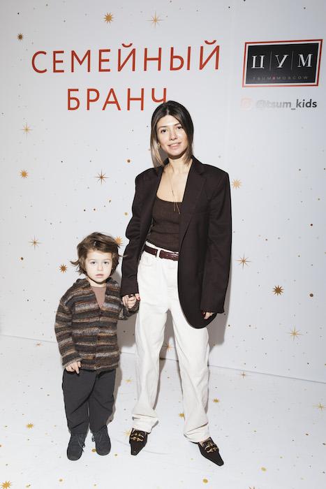https://www.buro247.ru/local/images/buro/galleries/2019/12/MARIA%20MIKHAILOVA.jpg