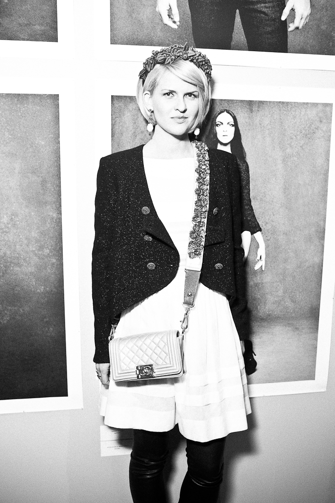 Открытие Chanel: The Little Black Jacket в Москве (фото 29)