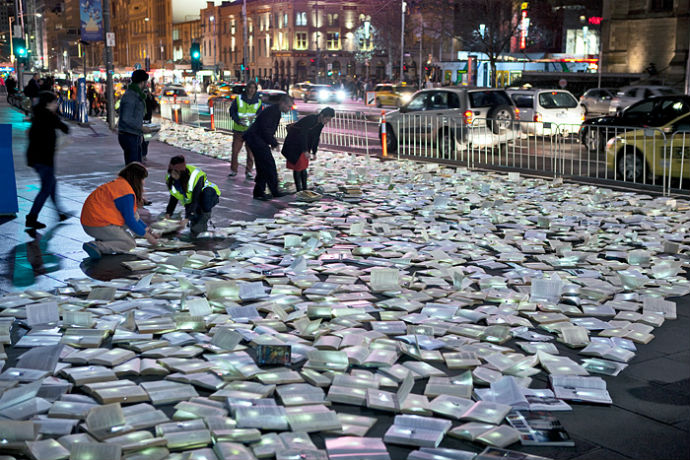 Тысячи книг на дорогах Мельбурна (фото 14)