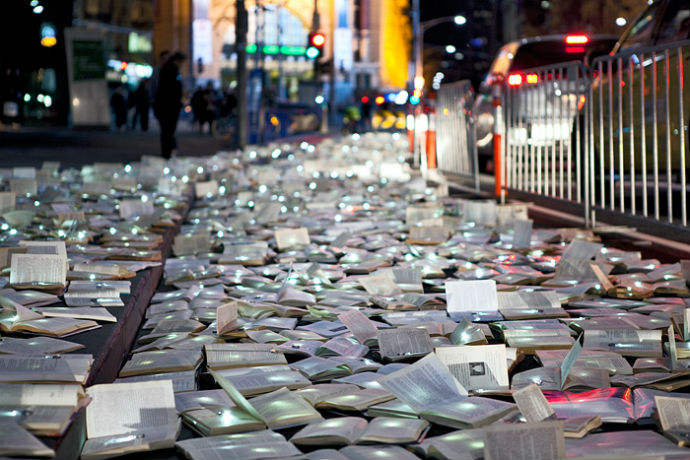 Тысячи книг на дорогах Мельбурна (фото 7)