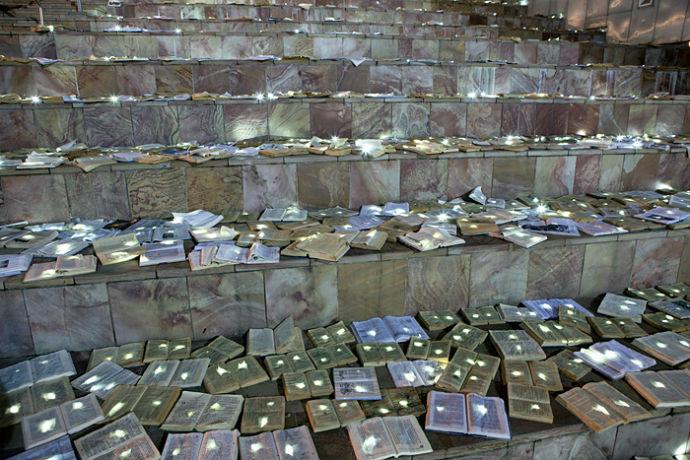 Тысячи книг на дорогах Мельбурна (фото 6)