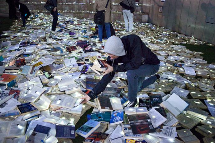 Тысячи книг на дорогах Мельбурна (фото 2)
