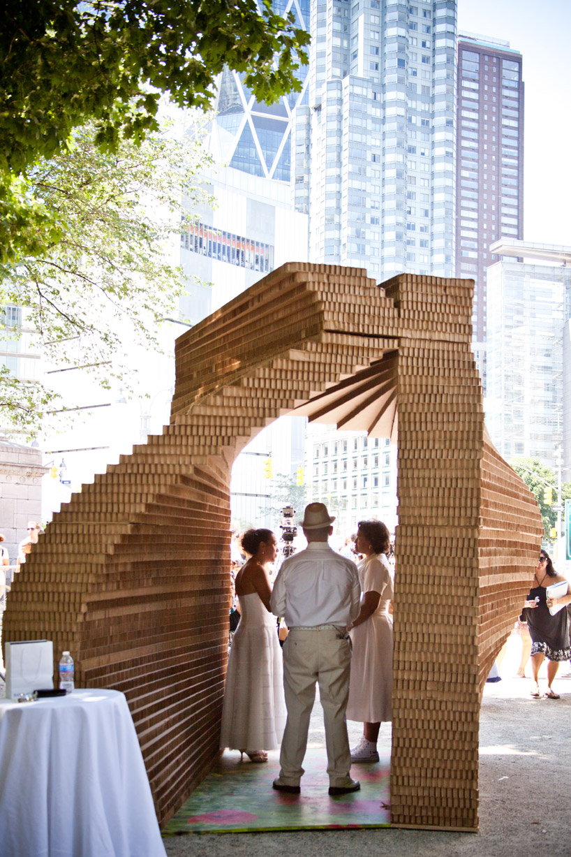 картонная арка