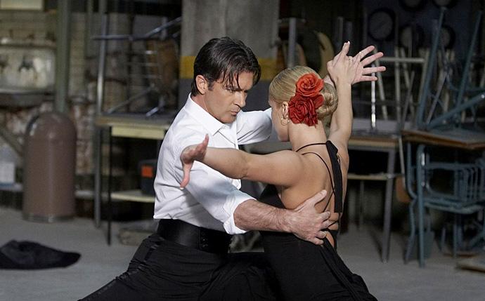 Топ-10 песен из культовых фильмов про танцы (фото 5)