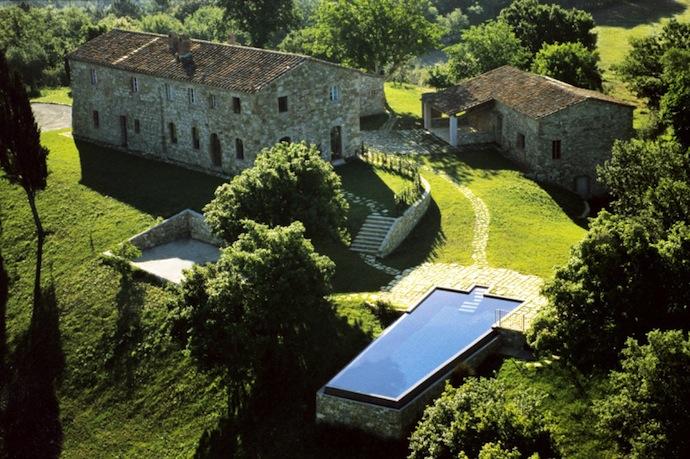 Старинный замок в садах Тосканы (фото 2)