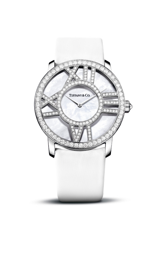 Стенд Tiffany Watches в ГУМе (фото 5)