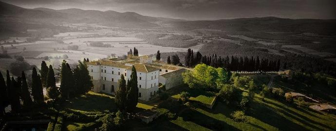 Старинный замок в садах Тосканы (фото 4)