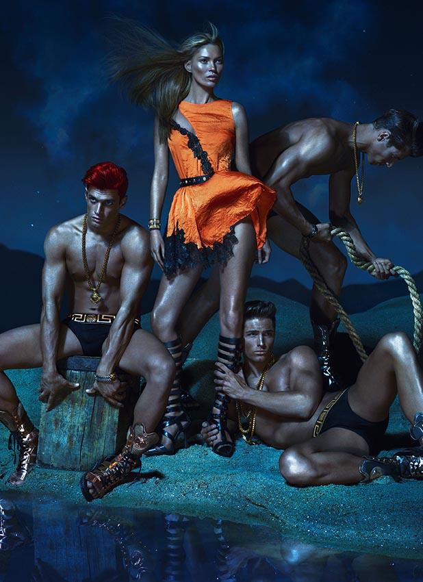 Весенне-летняя кампания Versace (фото 2)
