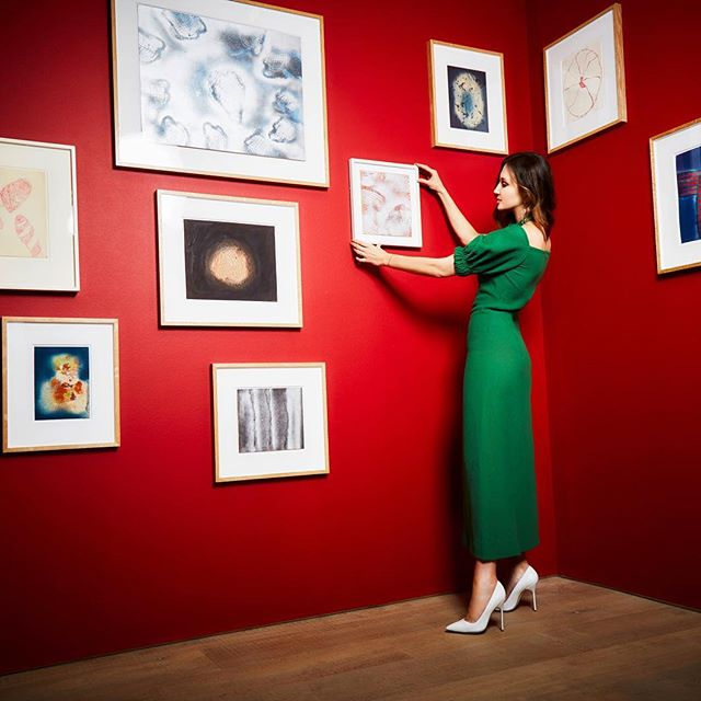 In the May issue of @elle_russia I share how I became a feminist and talk about why we need to support women in the creative industries and beyond   Photograph by @mattheweades  Style by @vglondon  Dress by @emiliawickstead   by #YayoiKusama Thank you @sothebys_s2_london for letting us use the space and to my dear @mukhins for including me in her second issue as editor-in-chief of #ELLERussia