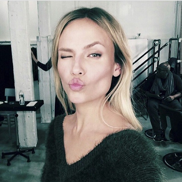 Kisses To All Of You Backstage Of @HM