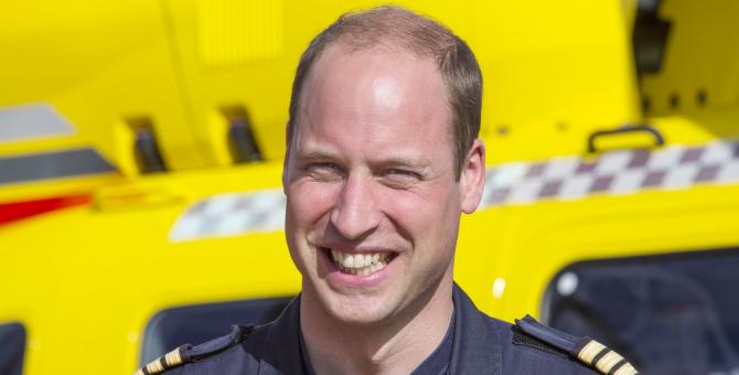 Принц Уильям подумывает о возвращении на пост пилота Национальной службы здравоохранения