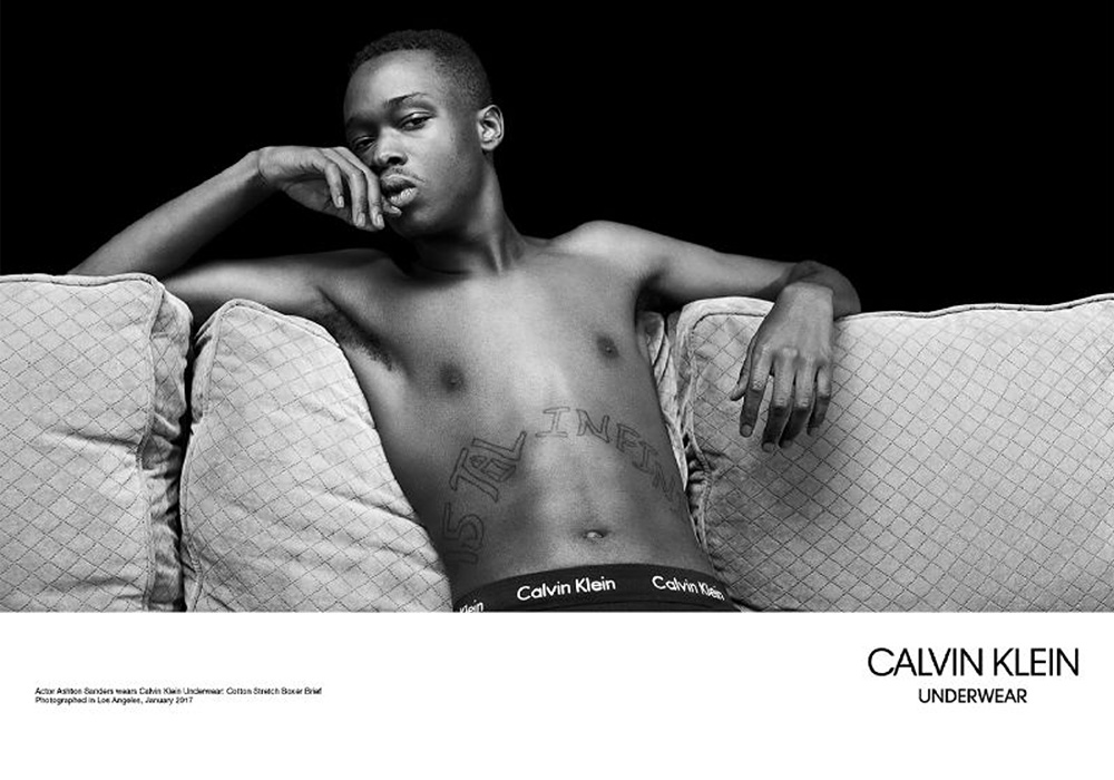 Calvin Klein c актерами фильма «Лунный свет». Фотограф: Вилли Вандерпер